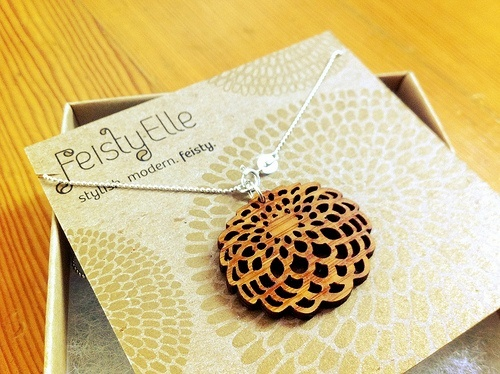 feistyelle bamboo dahlia necklace - beautiful!